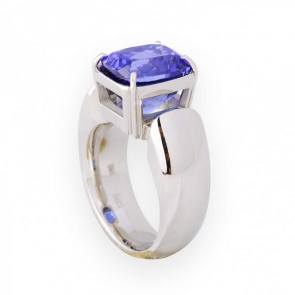 ring-anita-1